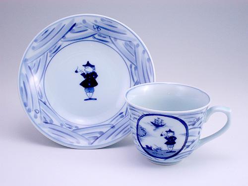 有田焼 青花 長崎紋百合型コーヒー碗皿